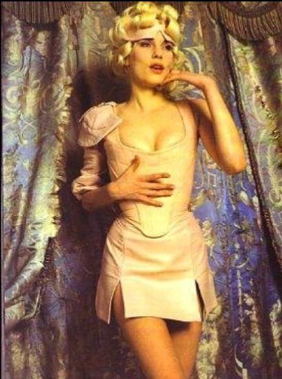 vivienne corset 2