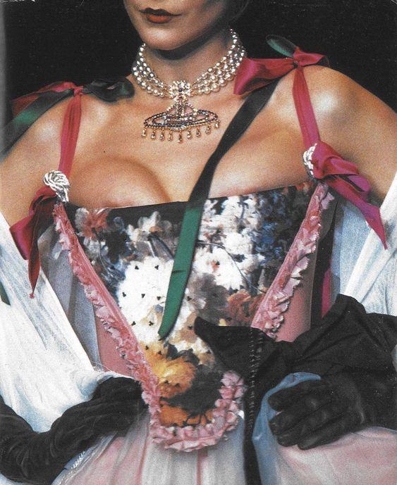 vivienne corset 3